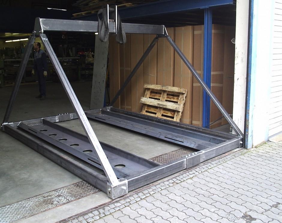 Car-Lifter | L58 Christian Schubert, Lauf-Wetzendorf | Belgien / Mechelen | Hüttinger Exhibition Engineering, Schwaig bei Nürnberg | Sonderbau | Dr. Kreutz+Partner - Beratende Ingenieure