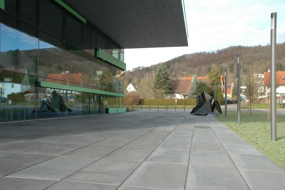 Kunst am Bau - Skulpturen Finanzamt Hersbruck | Sebastian Kuhn, Nürnberg | Hersbruck | Staatliches Bauamt Nürnberg | Sonderbau | Dr. Kreutz+Partner - Beratende Ingenieure