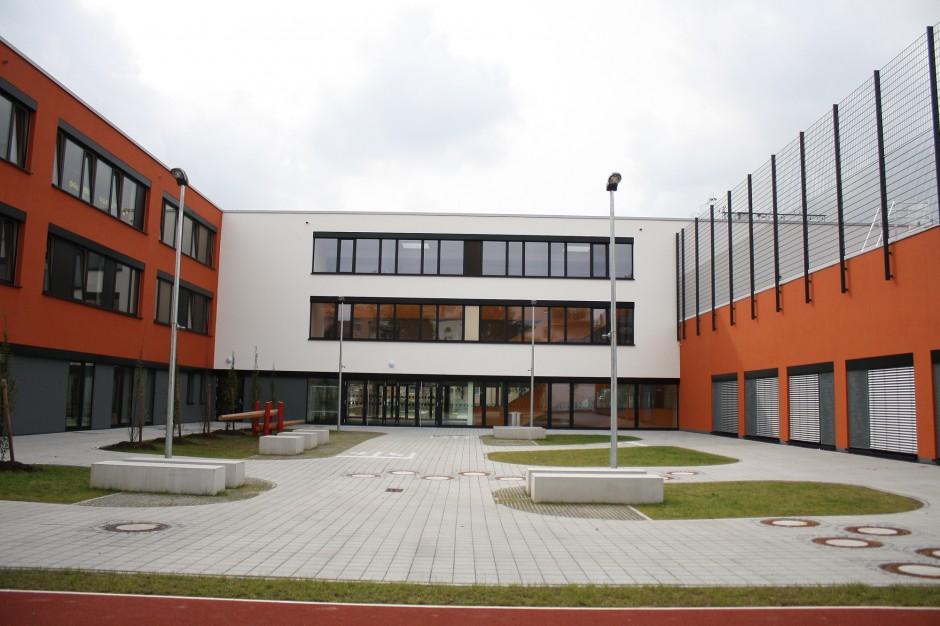KOS - Kopernikusschule Nürnberg | keiner balda, Fürstenfeldbruck / kplan AG, Abensberg | Nürnberg | Stadt Nürnberg i.V. Referat VI | Hochbau | Dr. Kreutz+Partner - Beratende Ingenieure