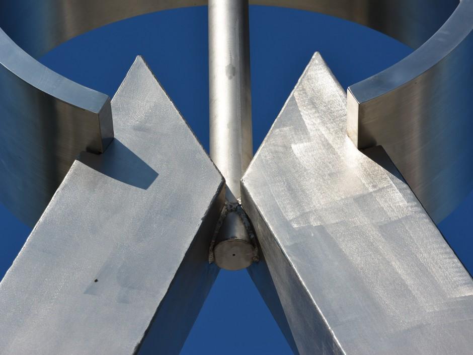 Zirkelskulptur Wendelstein   Verena Reimann   Wendelstein   Landratsamt Roth Facility Management   Sonderbau   Dr. Kreutz+Partner - Beratende Ingenieure