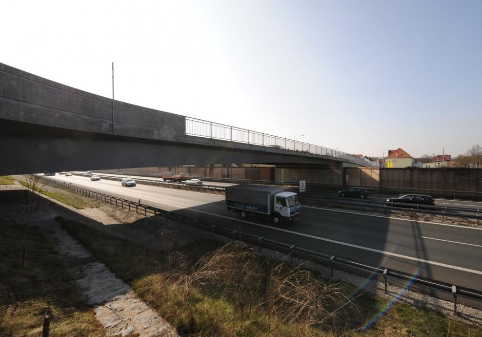 Jahnbrücke über die A73 |  | Baiersdorf | Autobahndirektion Nordbayern | Brücken, Prüfung | Dr. Kreutz+Partner - Beratende Ingenieure