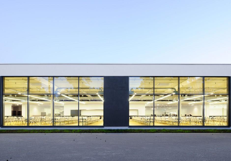 Mitarbeiterrestaurant Bau 81, Erlangen | Babler + Lodde Architekten und Ingenieure, Herzogenaurach | Erlangen | Babler + Lodde, Herzogenaurach | Hochbau | Dr. Kreutz+Partner - Beratende Ingenieure
